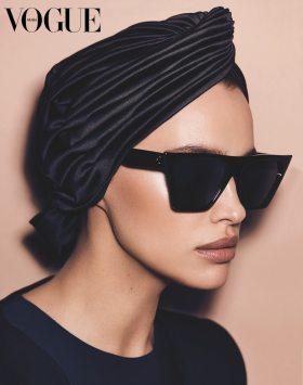 Vogue-Arabia-February-2018-Irina-Shayk-by-Miguel-Reveriego-3