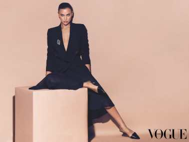 Vogue-Arabia-February-2018-Irina-Shayk-by-Miguel-Reveriego-4