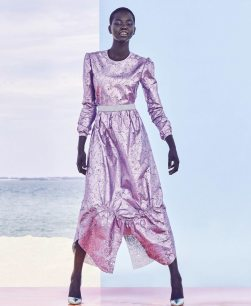 Vogue-Australia-March-2018-Adut-Akech-by-Nicole-Bentley-2
