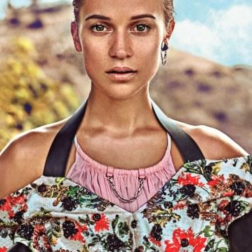 Vogue-March-2018-Alicia-Vikander-by-Steven-Klein-3