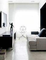 A sala de TV funciona como quarto de hóspedes. (Alain Brugier e Gui Morelli/Revista CASA CLAUDIA)