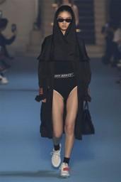 Esse underwear com elástico que traz o logo também deve virar mais um hit - a Calvin Klein que se cuide...