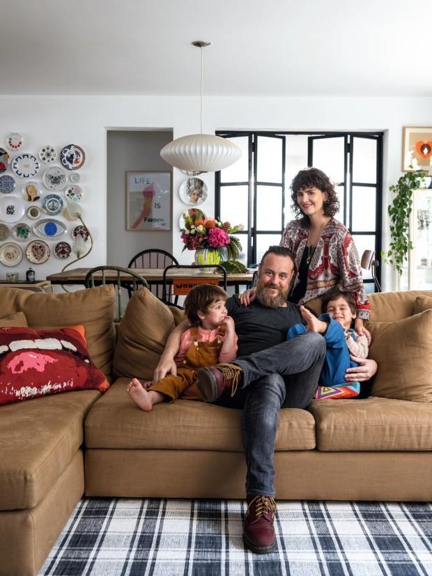 ana-strumpf-cria-um-colorido-high-low-em-seu-apartamento-em-sp-03 (1).jpg
