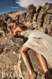 Harper_s-Bazaar-Arabia-March-2018-Joan-Smalls-Mariano-Vivanco-1-2