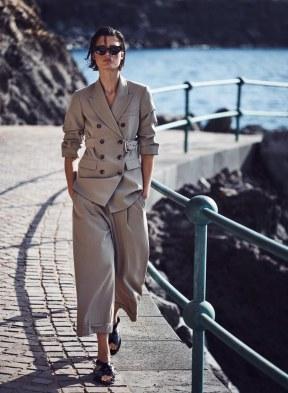 Harpers-Bazaar-Germany-April-2018-by-Julia-van-Os-by-Marcin-Tyszka-12