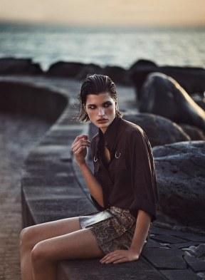 Harpers-Bazaar-Germany-April-2018-by-Julia-van-Os-by-Marcin-Tyszka-8