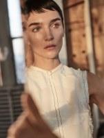 Harpers-Bazaar-Netherlands-April-2018-Janice-Alida-Zoltan-Tombor-11
