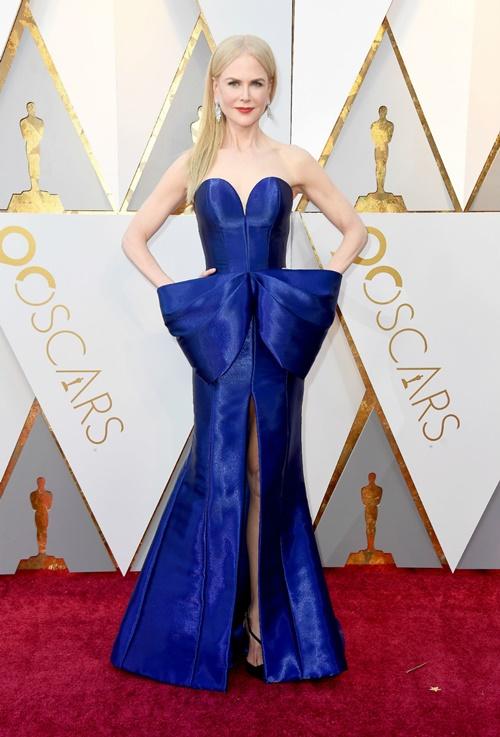 Nicole-Kidman-u-Armani-Priveu.jpg