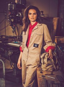 Vogue-Arabia-March-2018-Lily-Stewart-Guy-Aroch-1