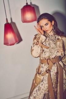 Vogue-Arabia-March-2018-Lily-Stewart-Guy-Aroch-9
