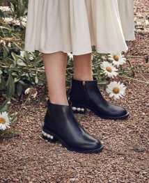 Vogue-Australia-David-Jones-Spring-Summer-2018-12-833x1024