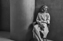 Vogue-Poland-April-2018-Eva-Herzigova-Chris-Colls-11