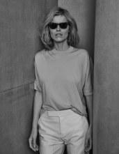 Vogue-Poland-April-2018-Eva-Herzigova-Chris-Colls-5