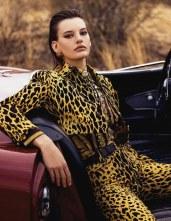 Vogue-Spain-April-2018-Amanda-Murphy-Bjorn-Iooss-11
