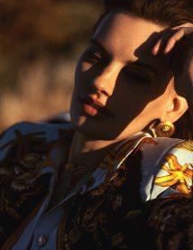 Vogue-Spain-April-2018-Amanda-Murphy-Bjorn-Iooss-2