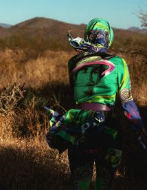 Vogue-Spain-April-2018-Amanda-Murphy-Bjorn-Iooss-9