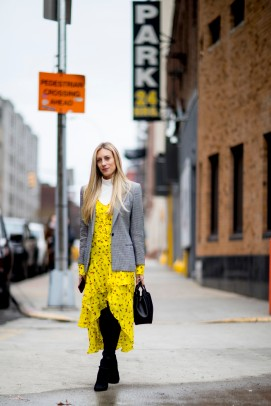 fashion_week_streets_0218_nyfws_day5_imx_084_hr