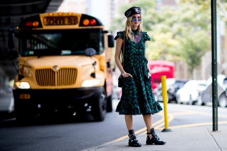 fashion_week_streets_0917_nyfws7_074_hr