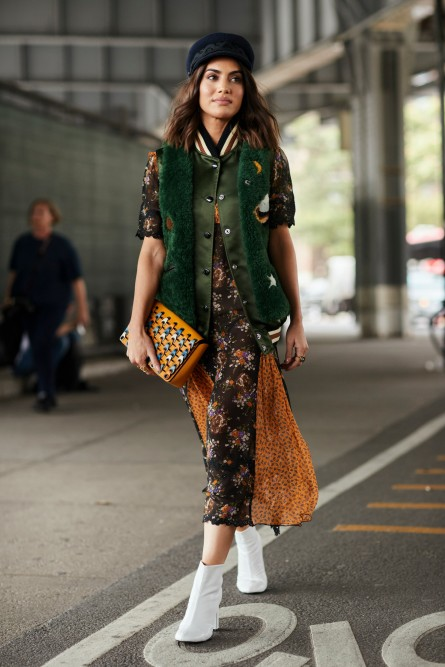 fashion_week_streets_0917_nyfws7b_084_hr
