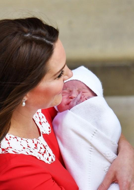 Kate Middleton com o terceiro filho (Foto: Getty Images)