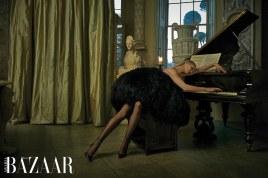 Harpers-Bazaar-Arabia-April-2018-Rosie-Huntington-Whiteley-Mariano-Vivanco-4 (1)