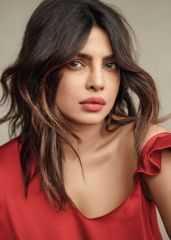priyanka-chopra-fashion-shoot026352cce90b2444fccd84efbbde873f3c_thumb