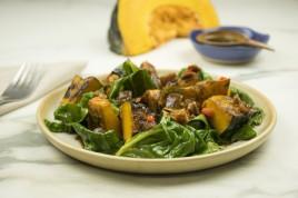 Saladinha de abobora japonesa e couve manteiga (Foto: Divulgação)