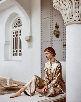 Vogue Russia April 2018 - 7