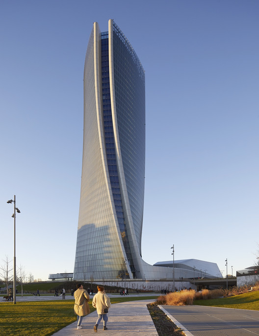 10_ZHA_Generali_Tower_Hufton_Crow.jpg