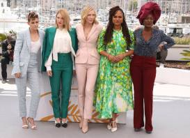 Jury members Kristen Stewart, from left, Lea Seydoux, jury president Cate Blanchett, jury members Ava Duvernay and Khadja Nin pose for photographers during a photo call for the jury at the 71st international film festival, Cannes, southern France, Tuesday, May 8, 2018. (Photo by Joel C Ryan/Invision/AP)