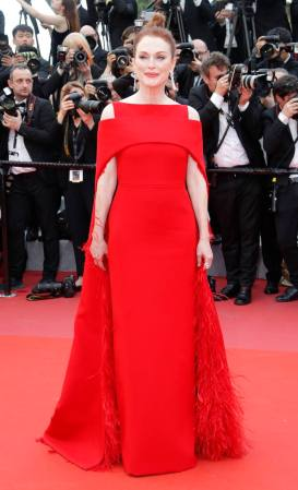 "71st Cannes Film Festival - Opening ceremony and screening of the film ""Everybody Knows"" (Todos lo saben) in competition - Red Carpet Arrivals - Cannes, France, May 8, 2018 - Julianne Moore arrives. REUTERS/Eric Gaillard"