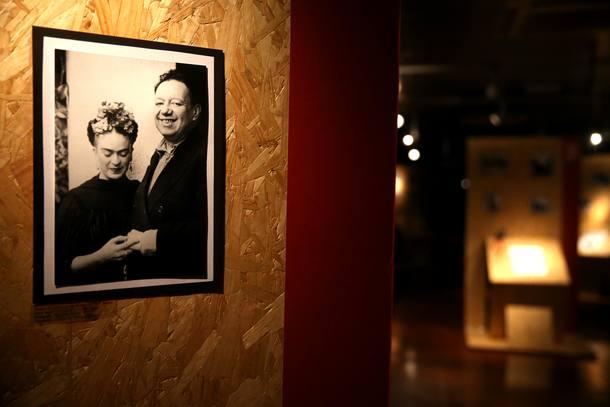 Frida Kahlo y Diego Rivera protagonizan muestra fotográfica inédita en Brasil