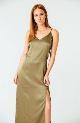 O vestido tipo camisola custa 125 dólares Foto: Divulgação/Serena Williams