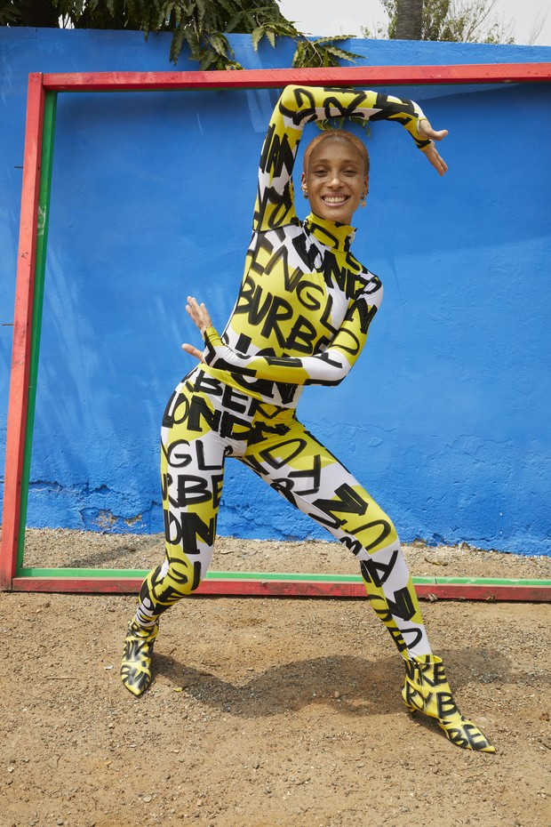 adwoa_aboah_in_a_graffiti-print_bodysuit_and_leggings_c_courtesy_of_burberry_juergen_teller