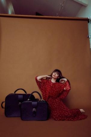 Alyssa-Miller-Limited-2018-Pilgrim-Collection-by-Harper-Smith-8