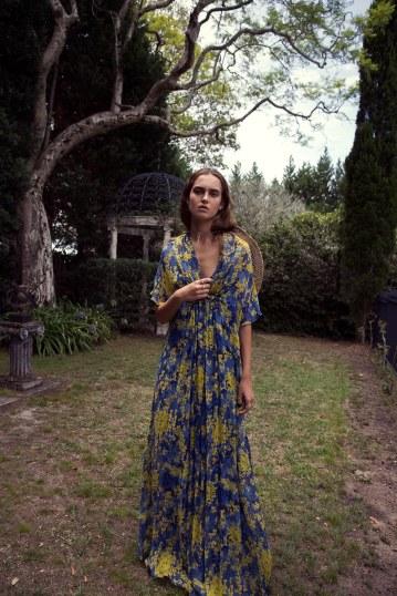 ELLE-Australia-April-2018-Chiara-Dorward-Stefania-Paparelli-5