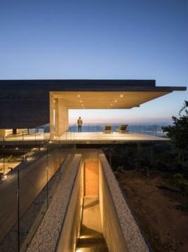 house-h-felipe-assadi-arquitectos-architecture-house-chile_dezeen_2364_col_8-1704x2285 (1)