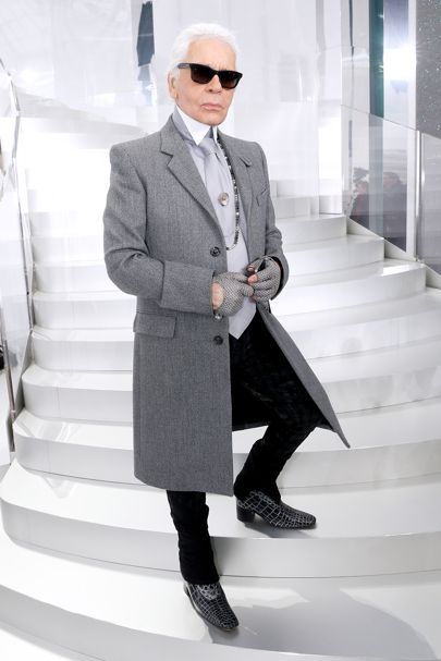 karl-lagerfeld-backstage-at-chanel-autumn-winter-2014-credit-getty (1)