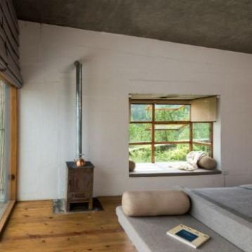 kumaon-hotel-zowa-architecture-hotels-india-mountains_dezeen_2364_col_13-1704x1013_mi6spUk