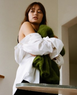 So-It-Goes-Magazine-Ella-Purnell-Hanah-Young-9