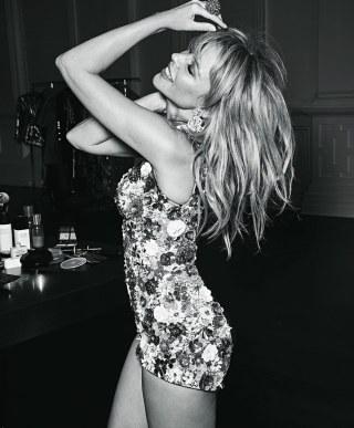 Vogue-Australia-Kylie-Minogue-Nicole-Bentley-5
