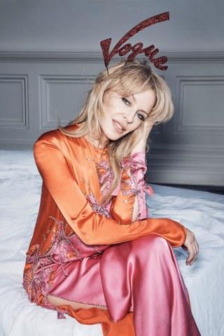 Vogue-Australia-Kylie-Minogue-Nicole-Bentley-9