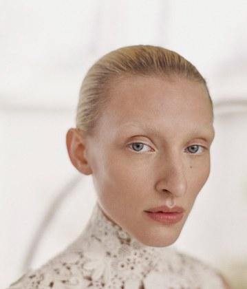 Vogue-Portugal-Maggie-Maurer-Max-Vom-Hofe-12