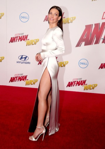 A atriz Evangeline Lilly no red carpet de Homem-Formiga e a Vespa (Foto: Getty Images