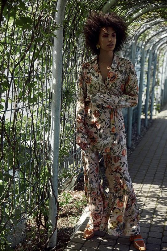 Fashion-Editorials-Kamila-Irobi-Dominik-Lozinski-9