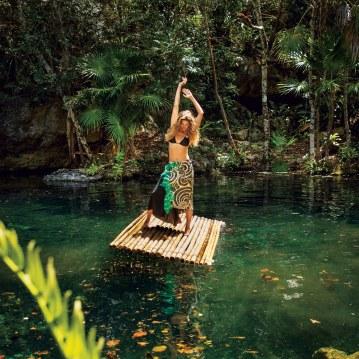 Gisele-Bundchen-Vogue-July-2018-Inez-Vinoodh-3
