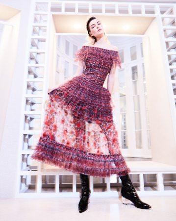 Harpers-Bazaar-Chile-Jessica-Hart-Pedro-Quintana-7