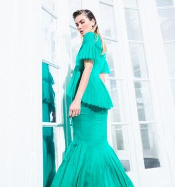 Harpers-Bazaar-Chile-Jessica-Hart-Pedro-Quintana-8