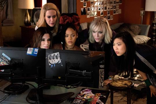 oito mulheres.jpg
