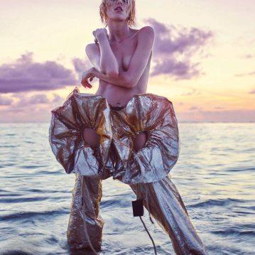 Porter-Magazine-Summer-Escape-2018-Anja-Rubik-Mario-Sorrenti-1-2